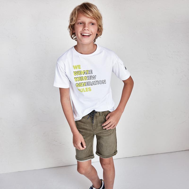 Παιδική βερμούδα τζιν για αγόρι έως 16 ετών, σε χρώμα χακί.